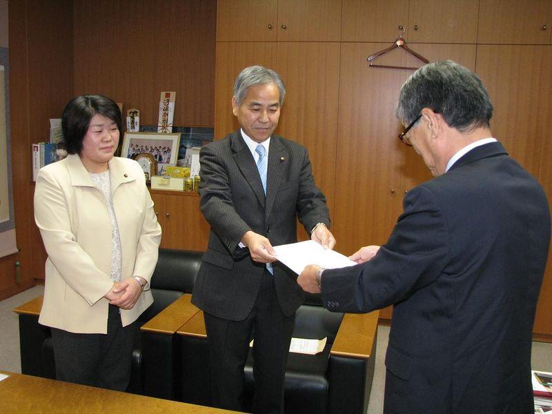 2009.11.20 要望書提出 006